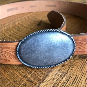 Aeropostale leather belt . Large.
